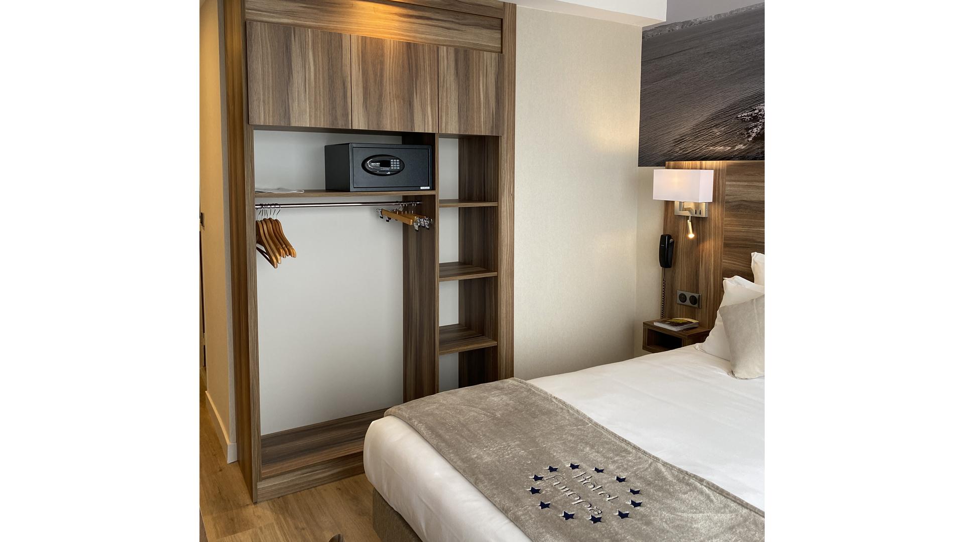 hotel-chambre-elegance-vue-jardin-quiberon-hotel-europa-diaporama2020-3