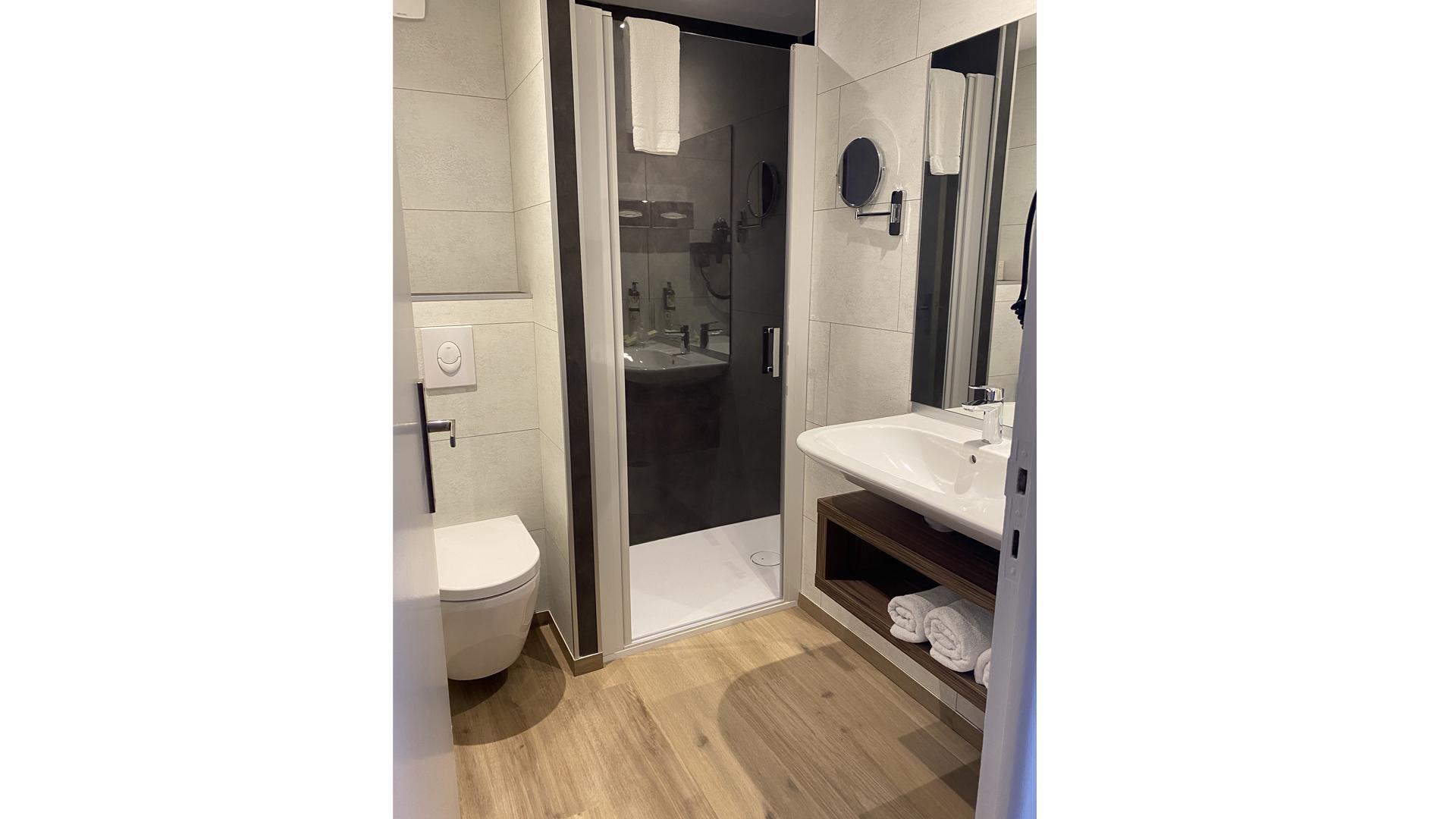 hotel-chambre-elegance-vue-jardin-quiberon-hotel-europa-diaporama2020-5